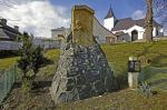 Jenišovice - památník