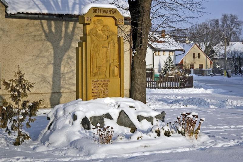Zalažany - pomník