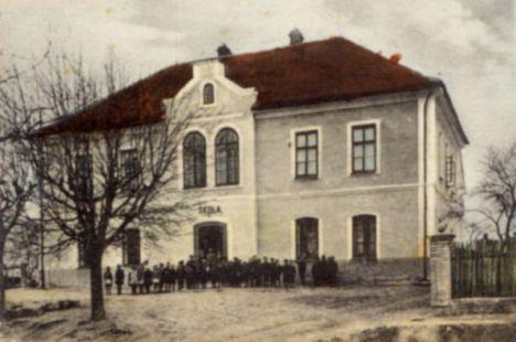Základní škola - historie